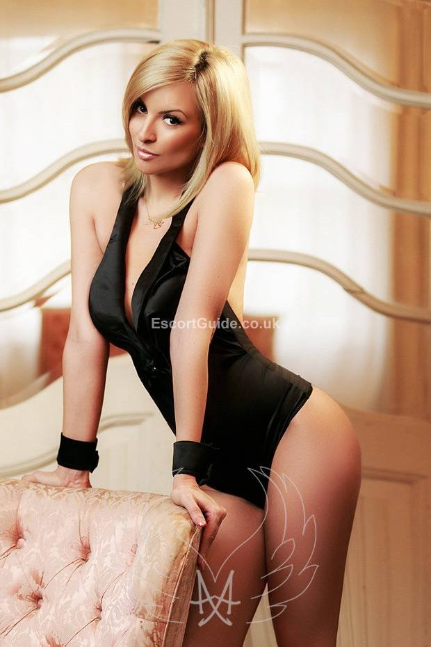 match uk hotel escort girl