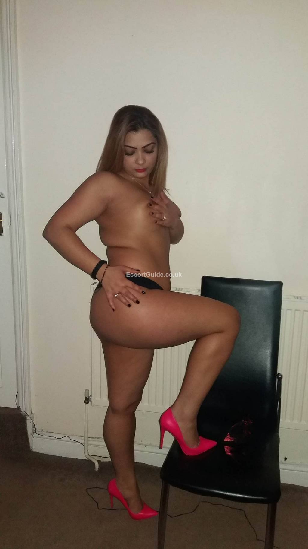 Escorts in Sheffield available now